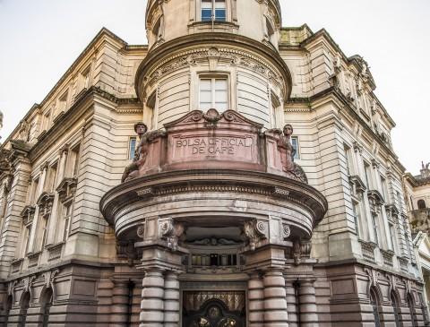 Fachada do edifício da Bolsa